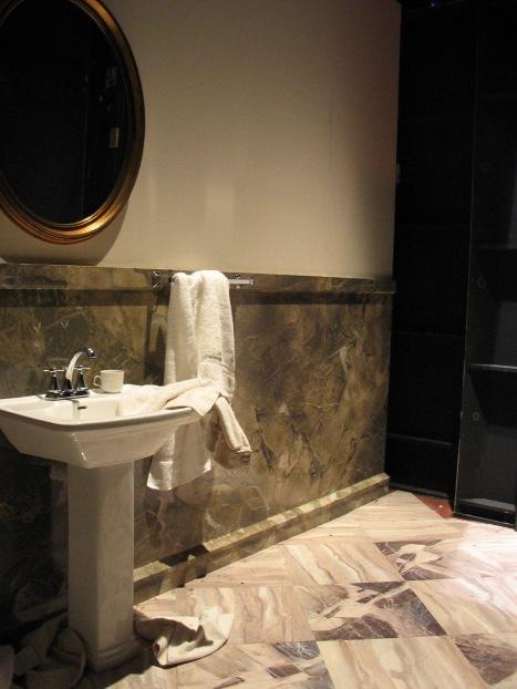Intiman Theatre: Moonlight and Magnolias, off stage right bathroom. Matthew Smucker designer
